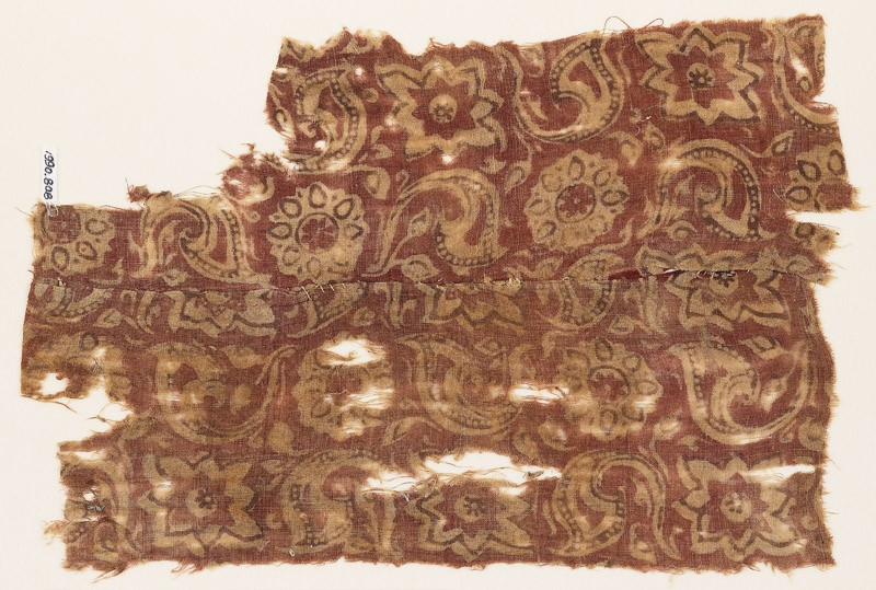 Textile fragment with rosettes and leaves (EA1990.808, front            )