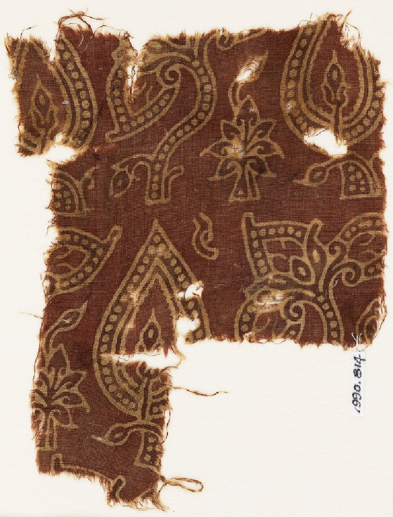 Textile fragment with stylized, dotted leaves (EA1990.814, front            )