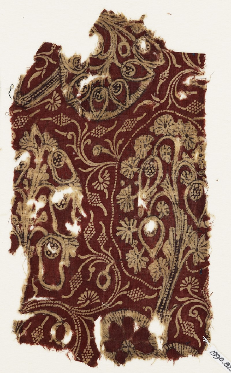 Textile fragment with flowering trees (front              )