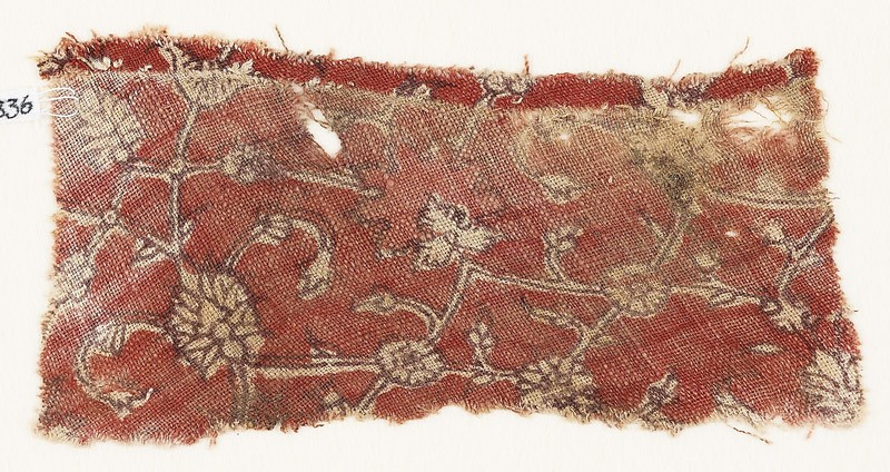 Textile fragment with interlacing tendrils, rosettes, and flower-heads
