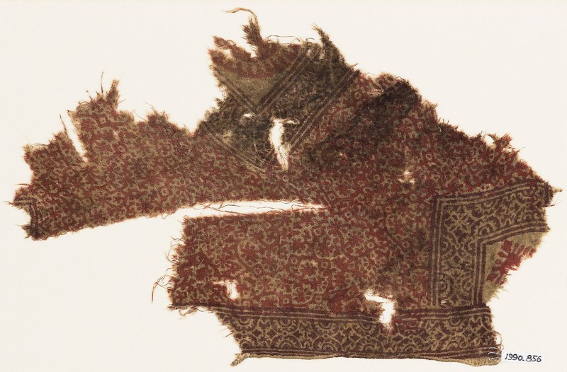Textile fragment with rosettes and tendrils (EA1990.856, front            )