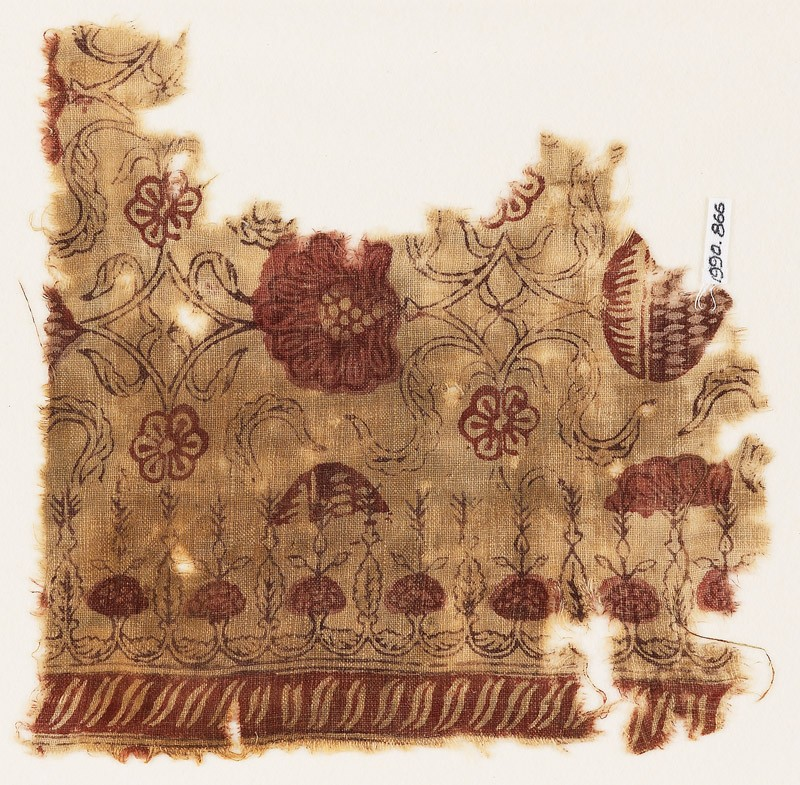Textile fragment with flowers and interlace