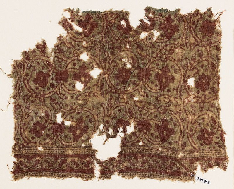 Textile fragment with tendrils, leaves, and flower-heads (EA1990.959, front            )