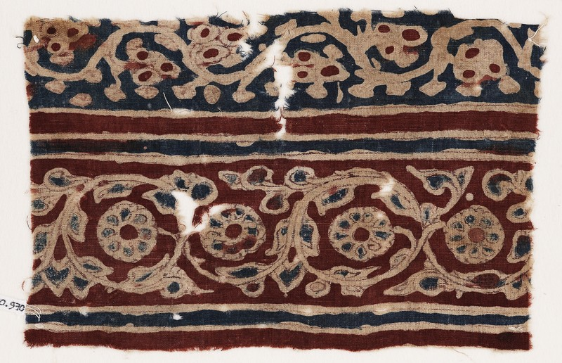 Textile fragment with vines and flowers (EA1990.970, front            )