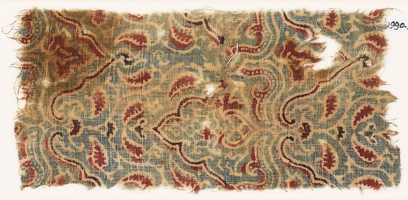 Textile fragment with plants and leaves (front            )