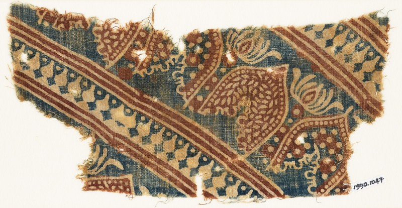 Textile fragment with arches or petals