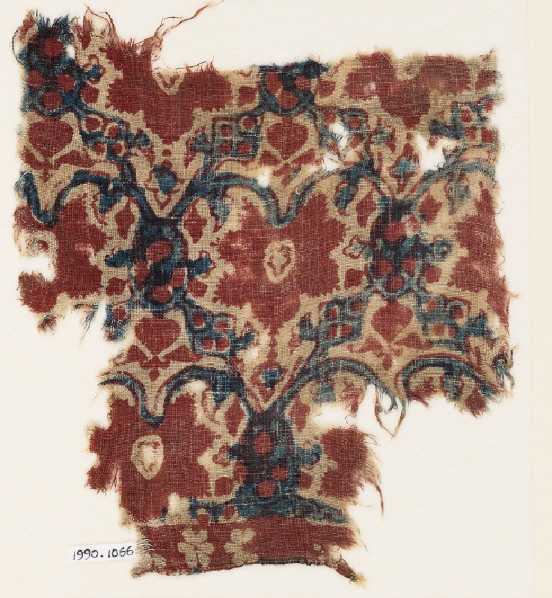 Textile fragment with interlacing tendrils, leaves, and flowers (EA1990.1066, front             )