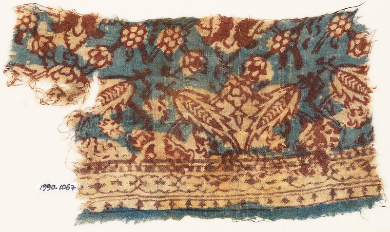 Textile fragment with floral patterns (EA1990.1067, front             )