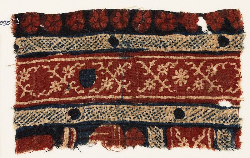 Textile fragment with crossed tendrils and rosettes (front             )