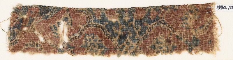 Textile fragment with medallions and flowers