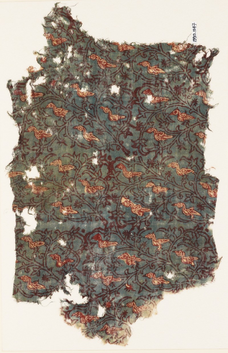Textile fragment with birds and tendrils (EA1990.1147, front             )