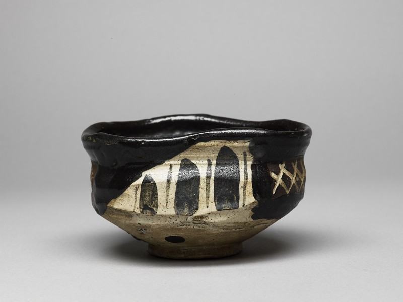 Tea bowl with aubergines and cross-hatches (EA1991.158, side            )
