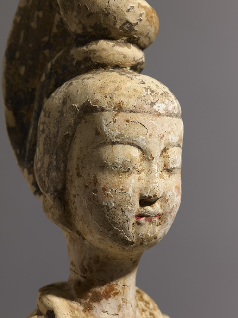 Standing figure of a lady (EA1991.62, detail, head           )