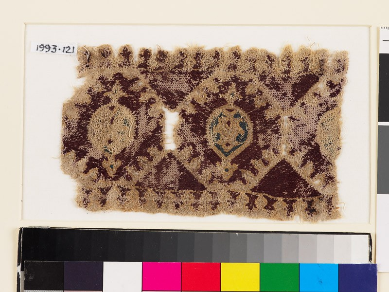 Textile fragment with linked octagons and medallions (EA1993.121, front            )