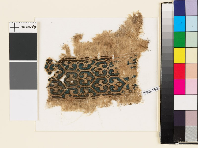 Textile fragment with pairs of palmettes and hexagons (EA1993.132, front            )