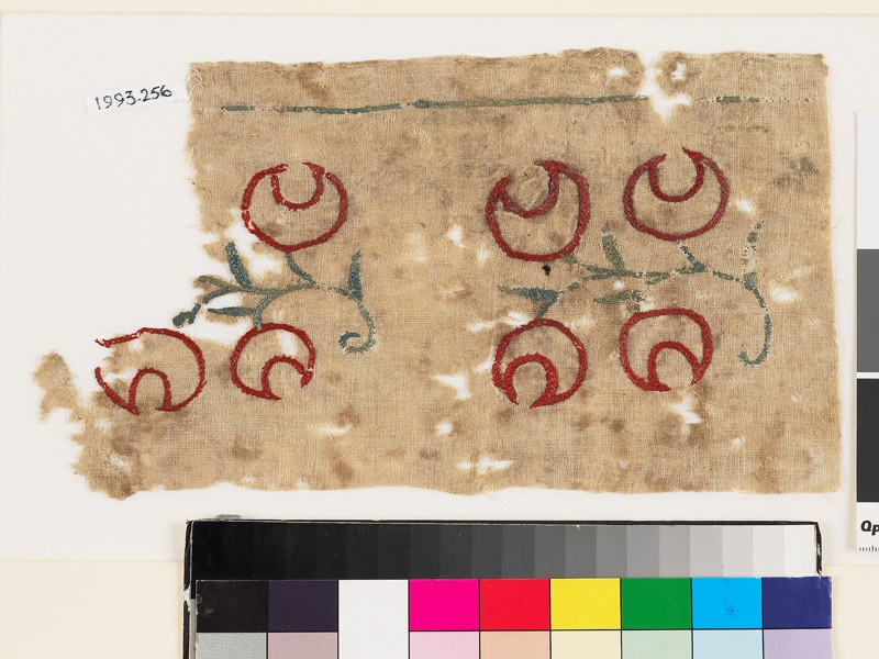 Textile fragment with sprays of crescent-shaped flowers