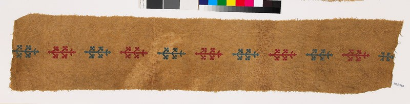 Textile fragment with stylized plants (EA1993.268, front            )