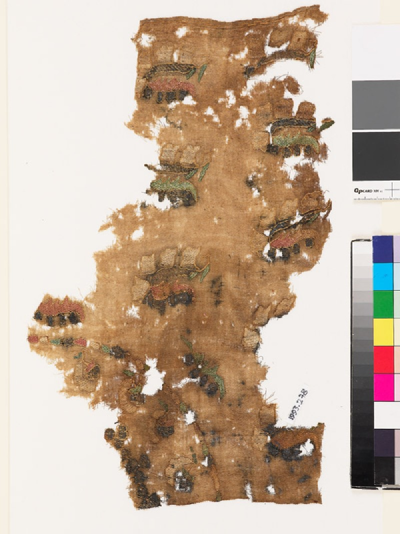 Textile fragment from a turban cover with sprays of flowers and leaves (EA1993.278, front            )