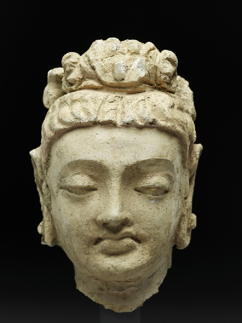 Head of a bodhisattva (front           )