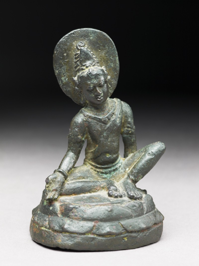 Seated figure of Avalokiteshvara (EA1997.239, oblique            )