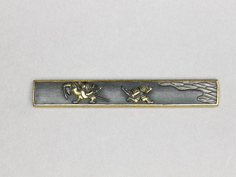 Kozuka with design of samurai and waves