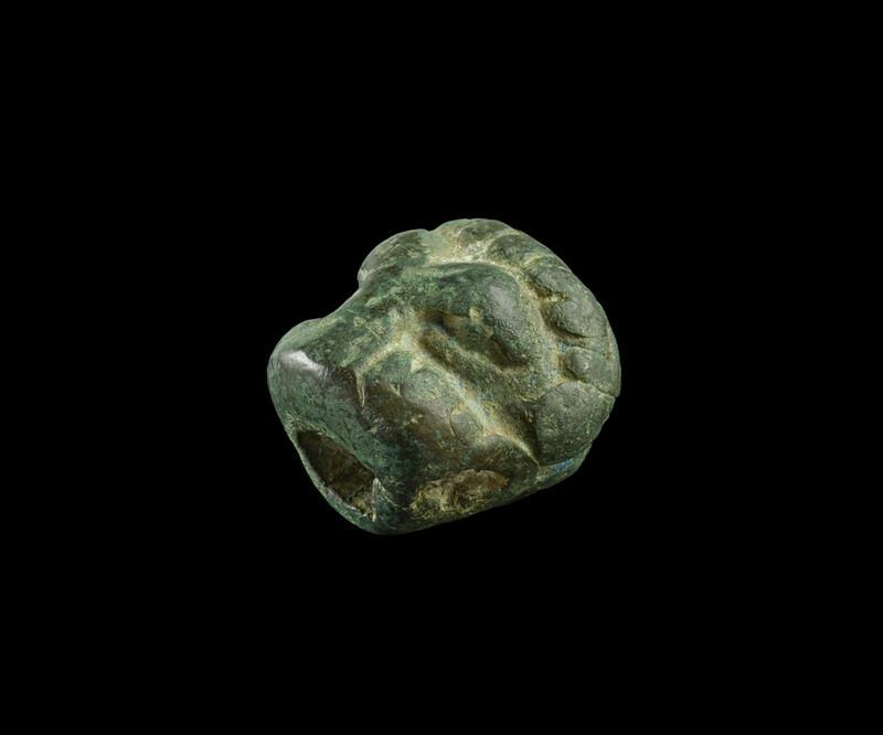 Lion head handle (EA1998.3)