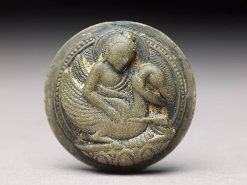 Plaque depicting Prince Siddhartha and the wounded swan (front           )