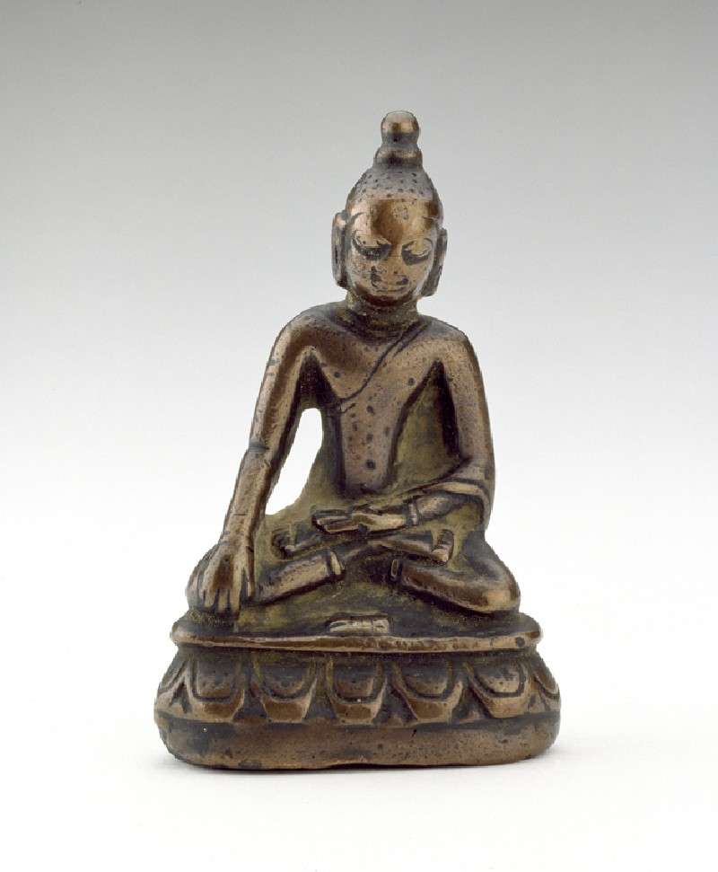 Figure of the Akshobhya Buddha (EA2000.30, front           )