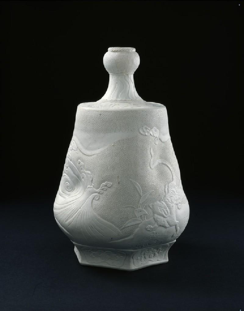 Bottle (EA2001.175, side            )