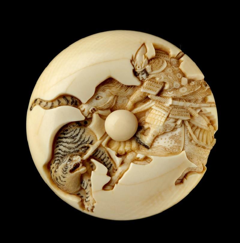 Manjū netsuke depicting Katō Kiyomasa slaying a tiger