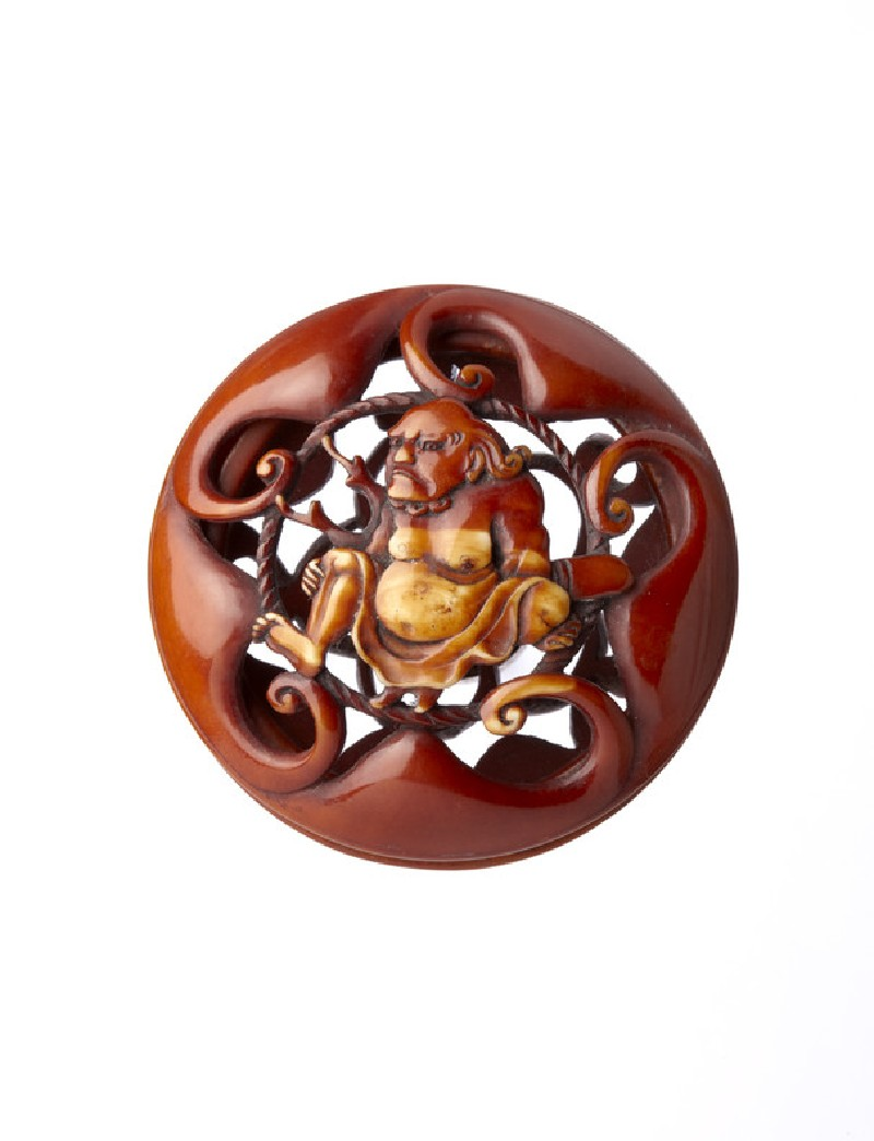 Ryūsa-style netsuke with figure of a Southsea Islander among waves (EA2001.89)