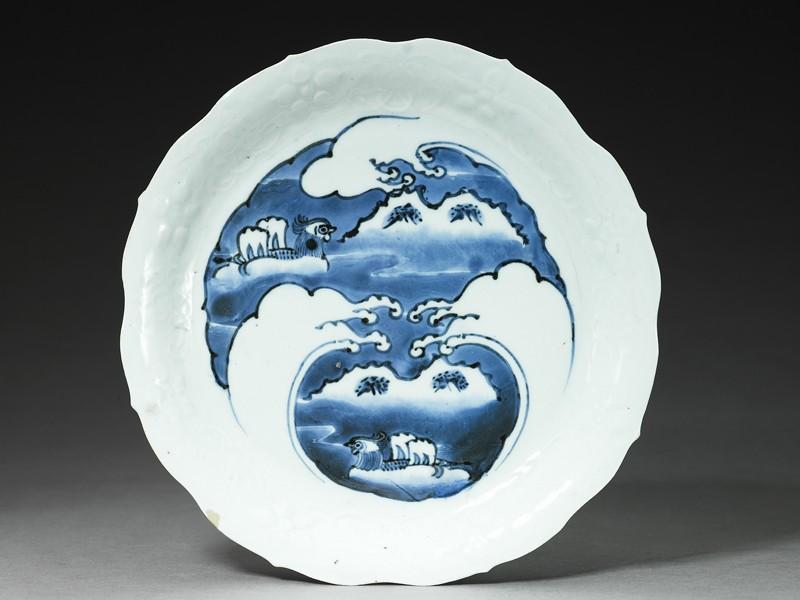 Dish with mandarin ducks amid waves (EA2003.3, top          )