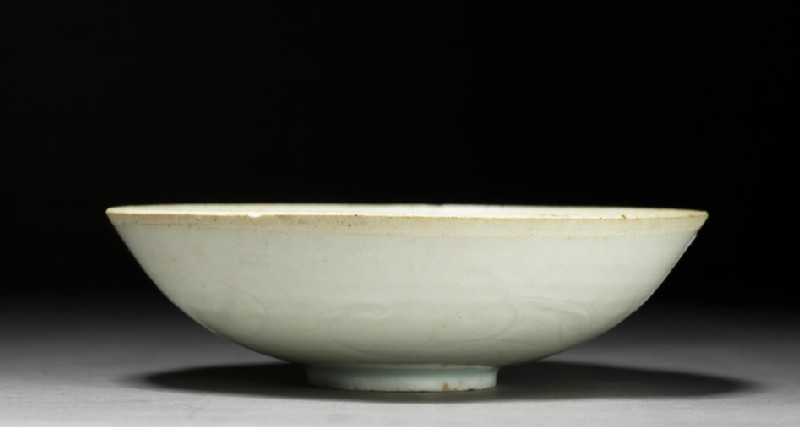 Shallow bowl (side            )
