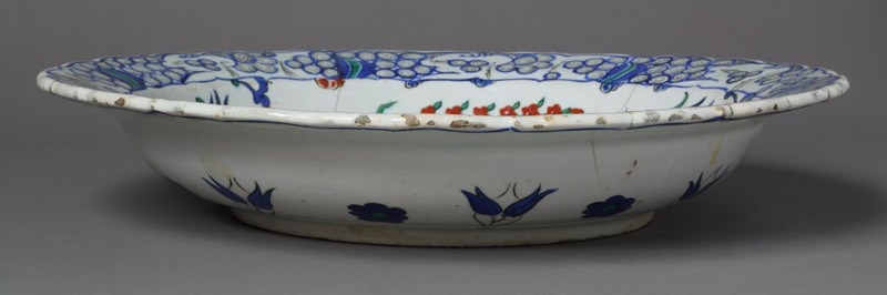 Plate with carnations and tulips (EA2012.126, front            )