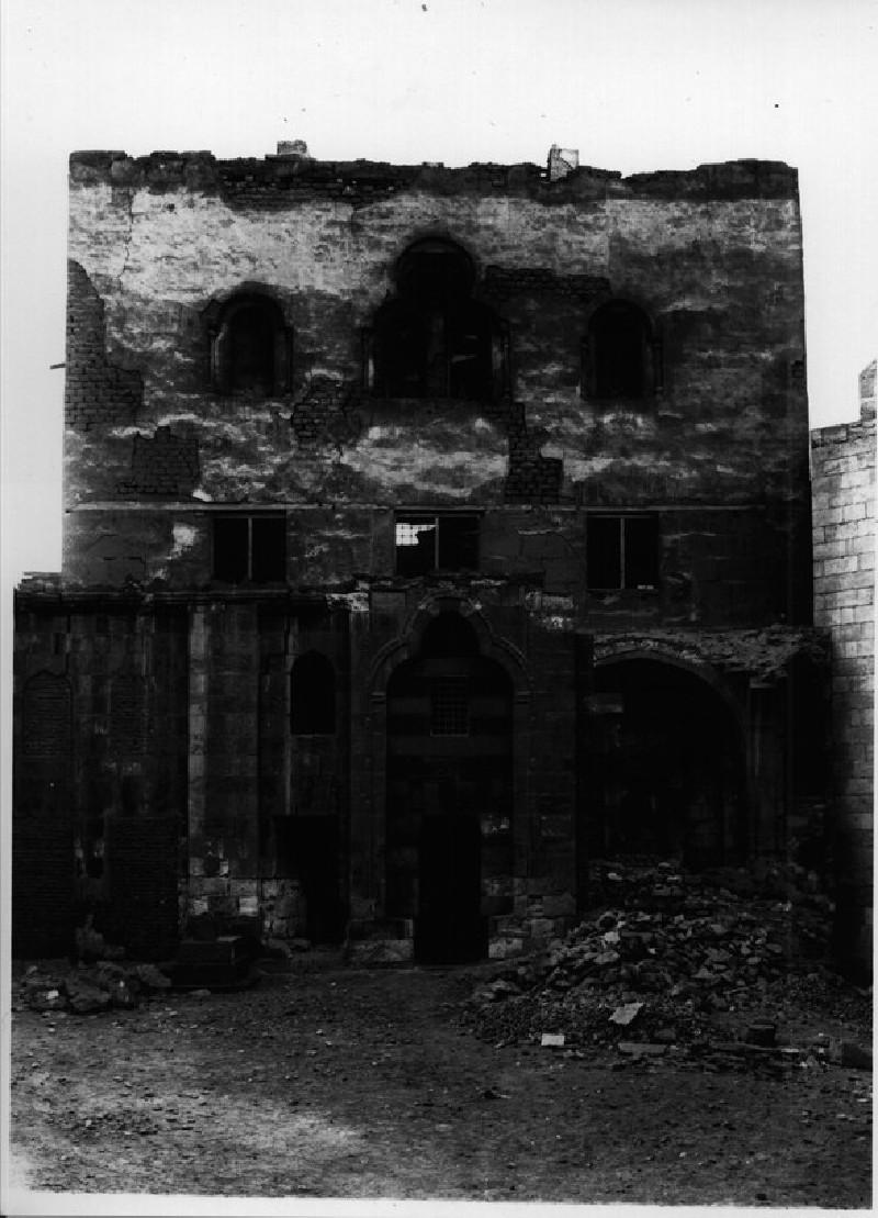 Palace of `Alin Aq (Amir Khayrbak)