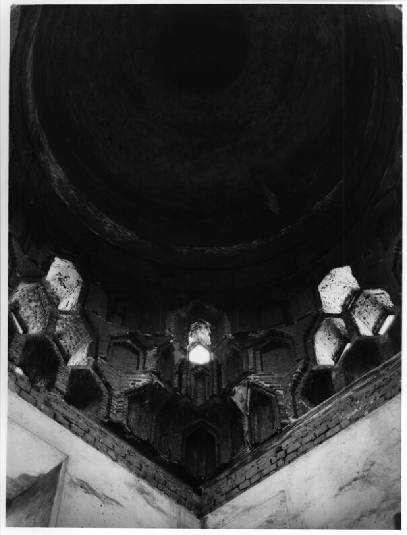 Mausoleum of Amir Qausun