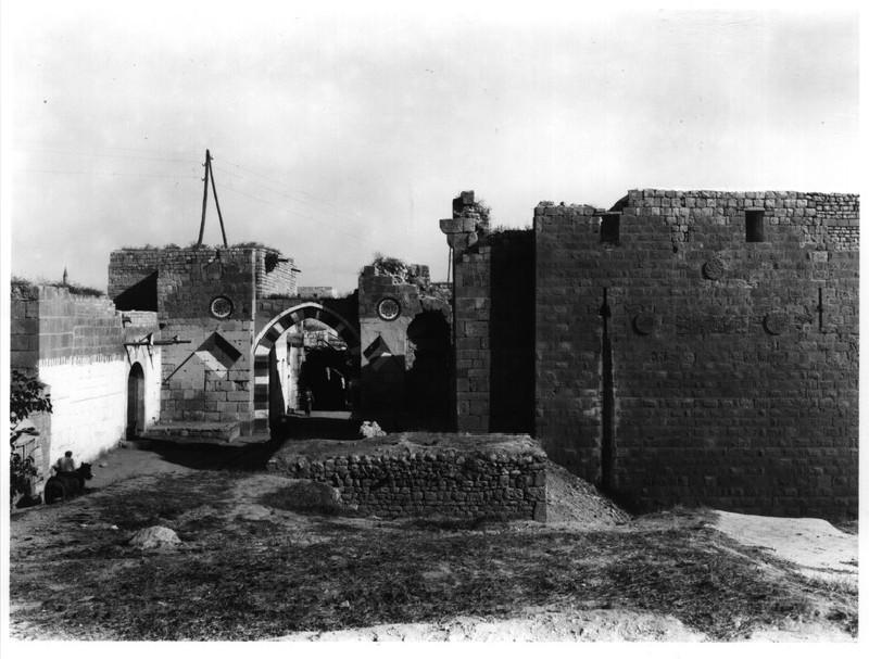 Bab al-Maqam