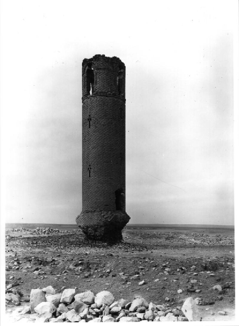 Minaret at Qal`a Ja`bar