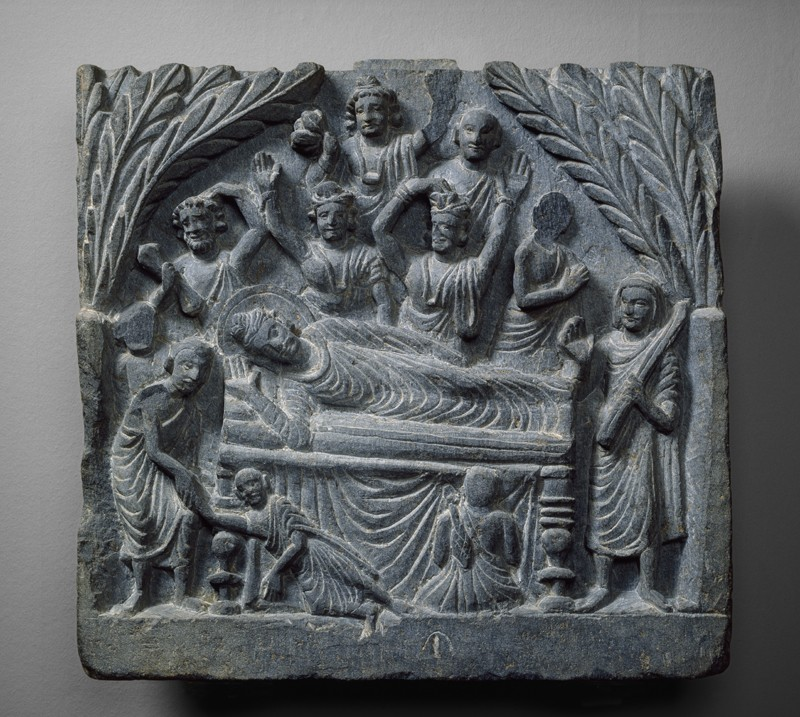 Relief depicting the death of the Buddha (Mahaparinirvana) (front         )