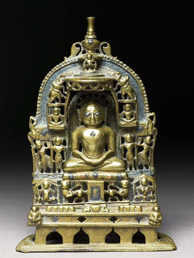 Shrine depicting the Tirthankara Kuntunatha (front          )