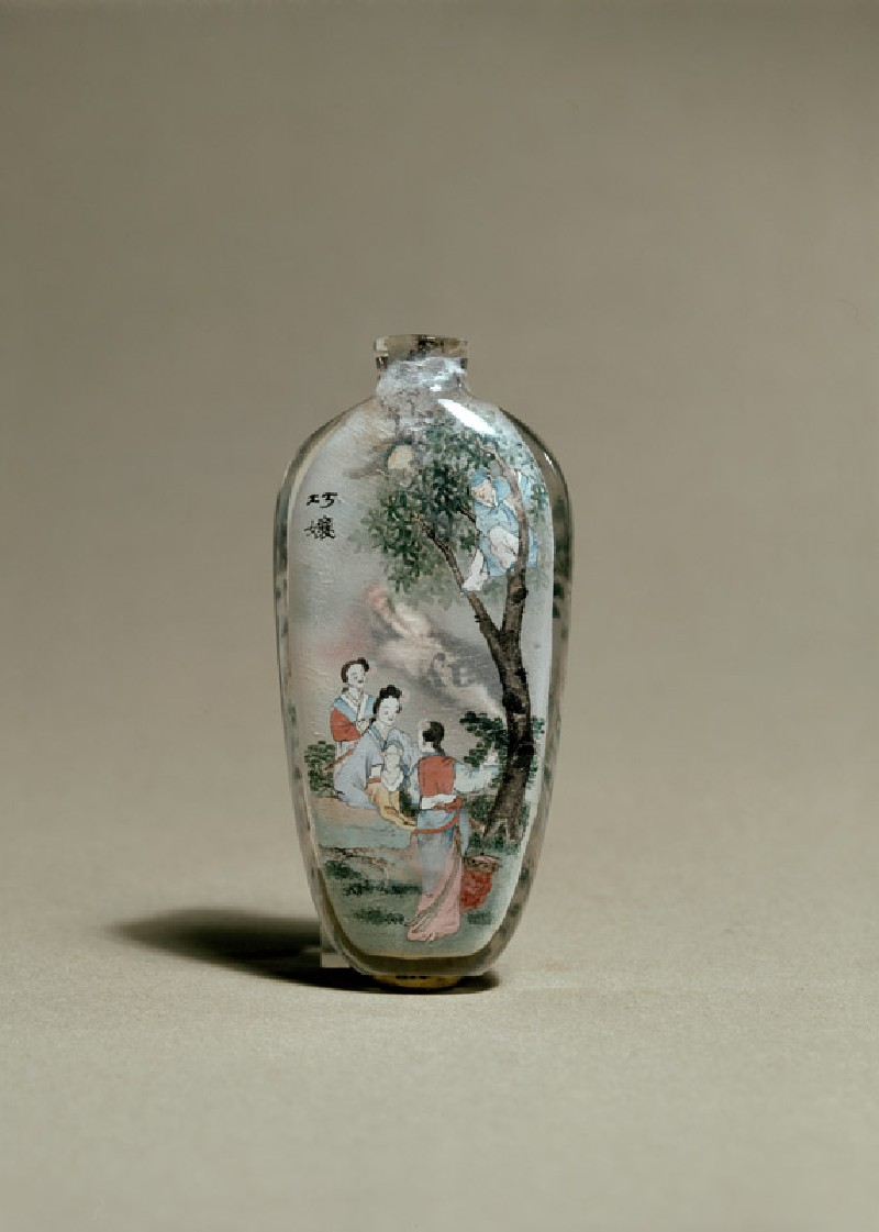 Snuff bottle depicting a scene from Strange Tales of a Scholar's Studio (side         )
