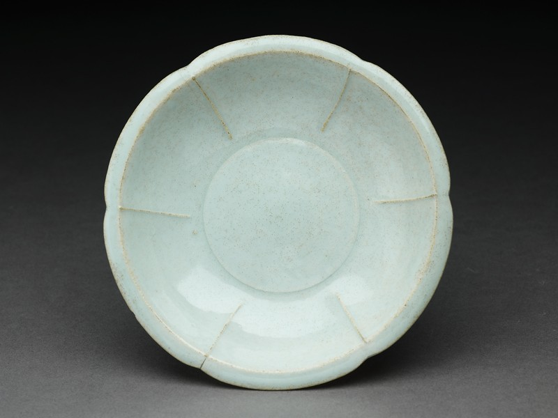 White ware dish with lobed sides