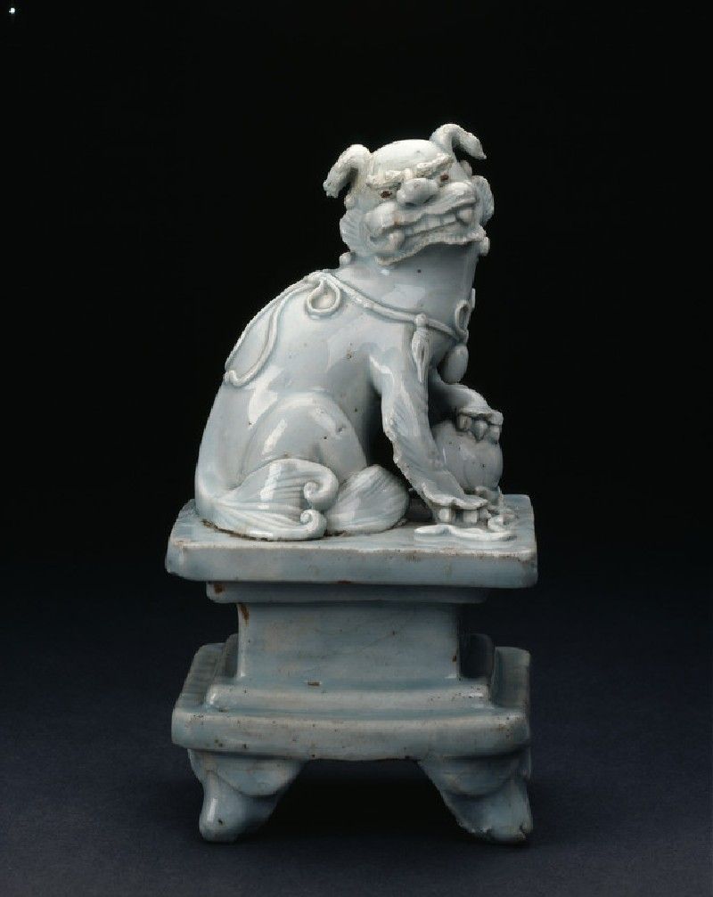 Lion dog with ball on a pedestal (EAX.1174, side          )