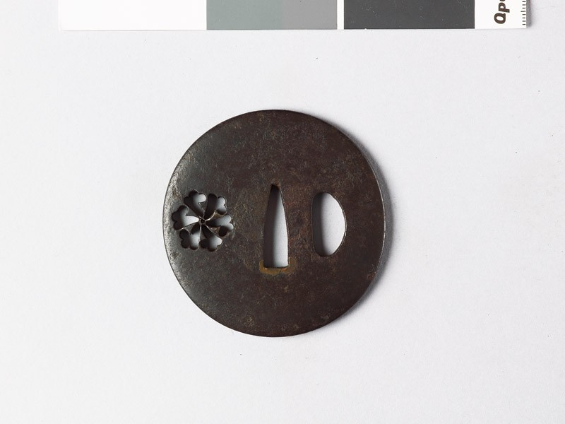Lenticular tsuba with tessen, or clematis (EAX.10004, front           )