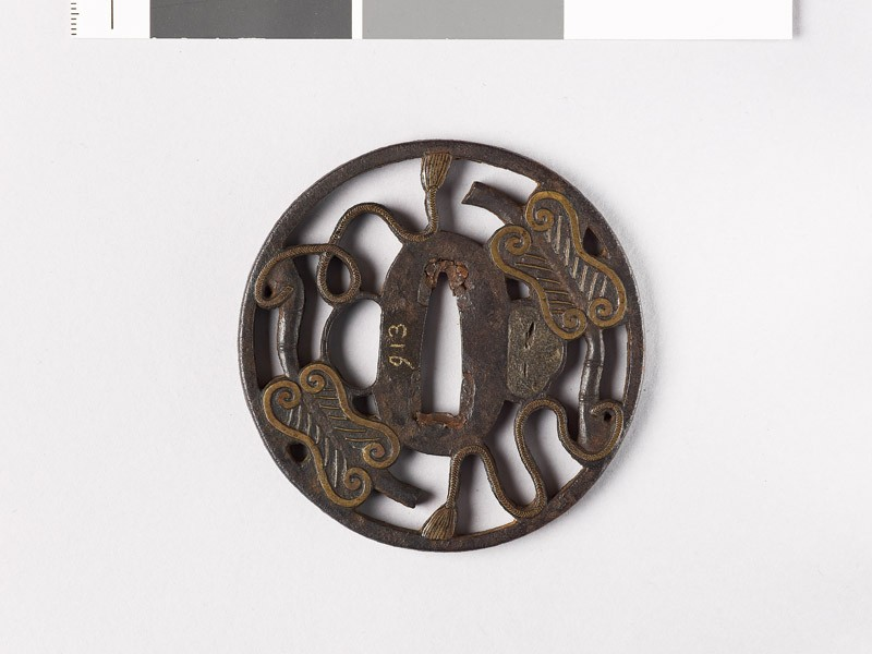 Tsuba with Chinese fans (EAX.10133, front           )