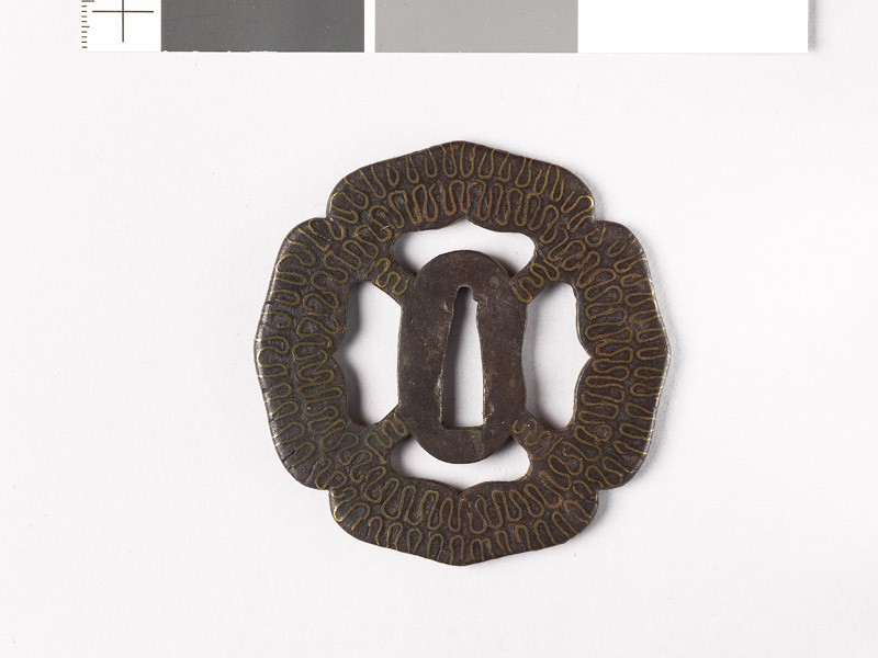 Tsuba with wave pattern (front           )