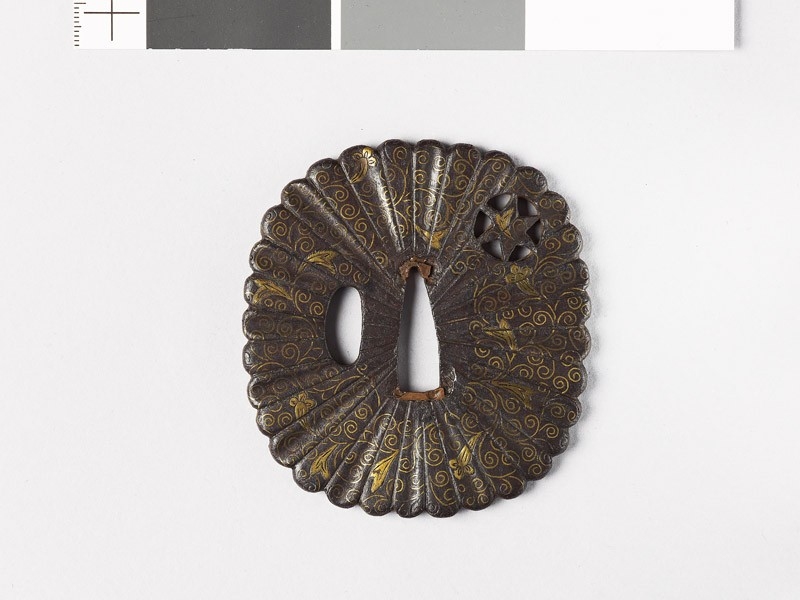 Tsuba with scrolling stems and heraldic cloves (EAX.10152, front           )