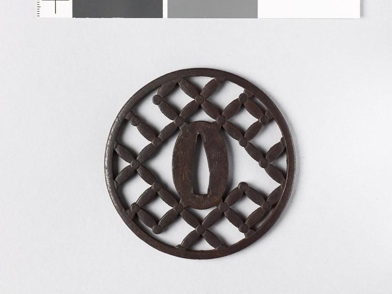 Round tsuba with shippō diaper of interlaced circles (EAX.10199, front           )
