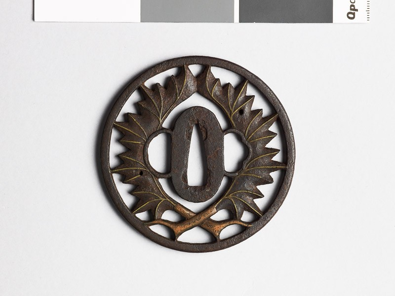 Tsuba with two leaves (EAX.10290, front           )