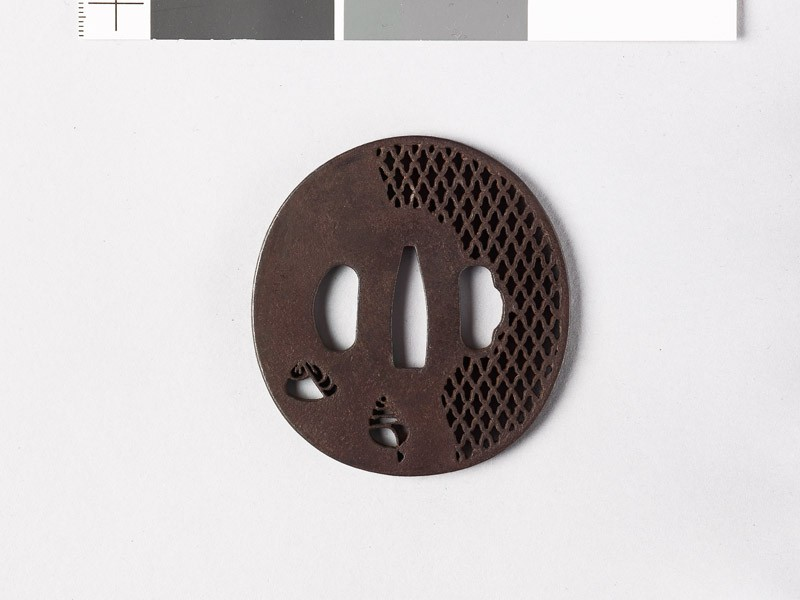 Tsuba with shells and ajiro, or netting pattern (EAX.10657, front           )
